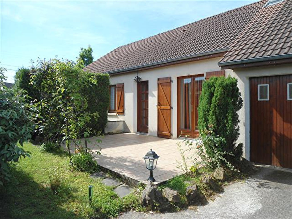 A vendre maison nevers 80 m l 39 adresse immobilier service for Garage a louer nevers