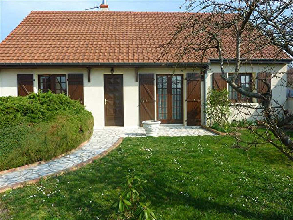 A vendre maison nevers 120 m l 39 adresse immobilier service for Garage a louer nevers
