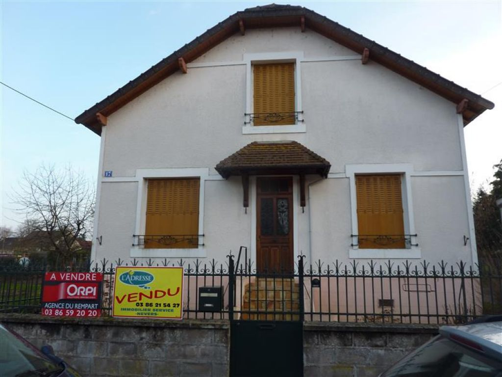 Maison nevers affordable trs belle maison proche du for Maison nevers