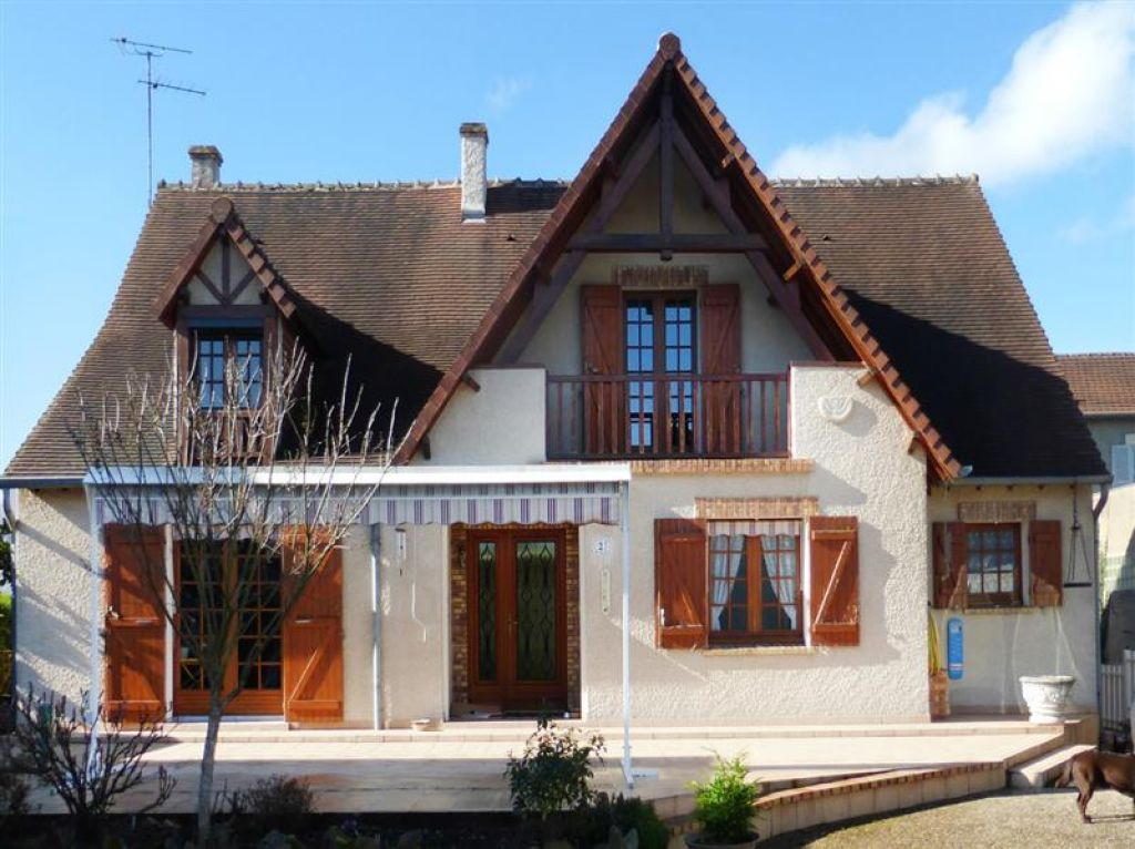 A vendre maison nevers 180 m l 39 adresse immobilier service for Garage a louer nevers